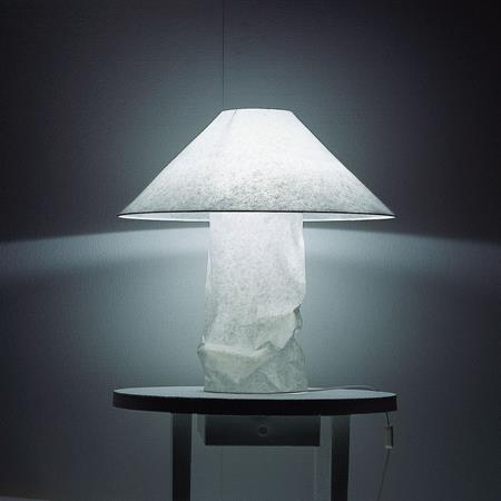 Ingo Maurer Lampampe Table