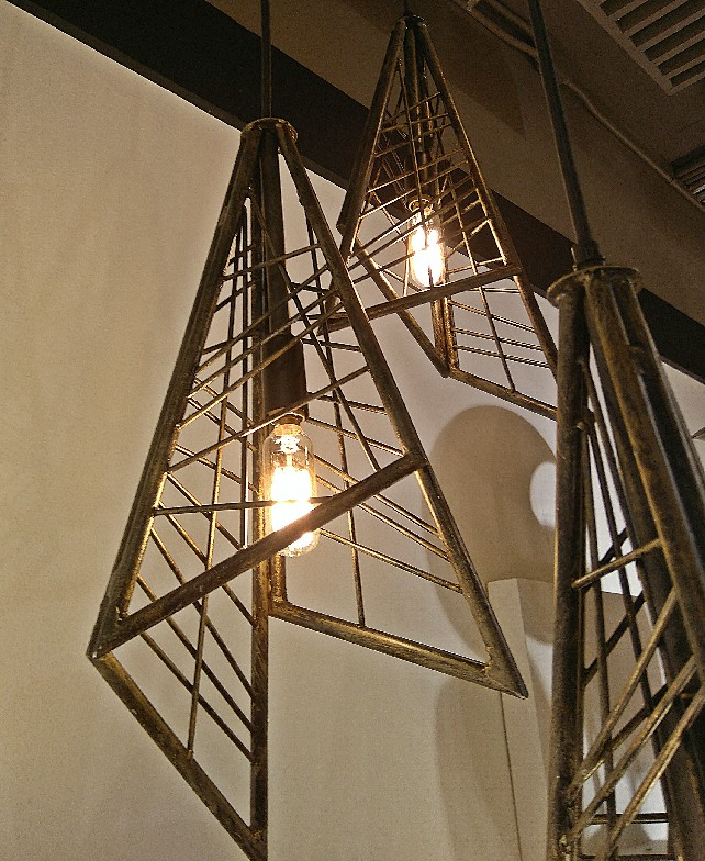 high-point-market-2016-best-lighting-exhibitors-5