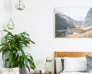 8 Charming Bedside Table Lamps for your Bedroom
