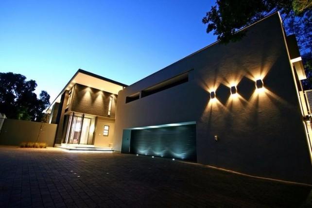 OUTDOR LIGHTING outdoor lighting AMAZING OUTDOOR LIGHTING IDEAS OUTDOOR LIGHTING5