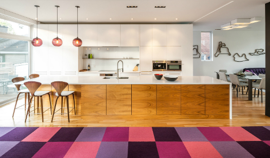 Plum Pendant Lighting Gives This Contemporary Kitchen a New Twist pendant lighting Plum Pendant Lighting Gives This Contemporary Kitchen a New Twist Plum Pendant Lighting Gives This Contemporary Kitchen a New Twist 1 feat