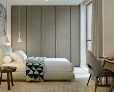 A Modern Apartment where Daylight and Contemporary Lamps are the Stars