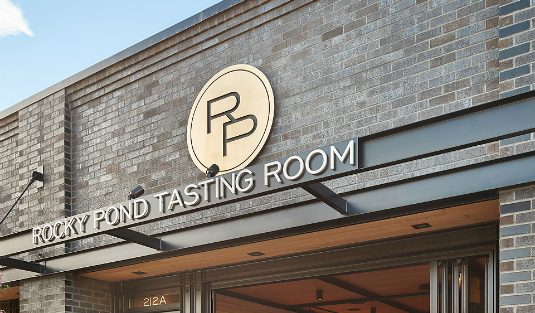Get to know Rocky Pond Winery tasting room modern interior design !