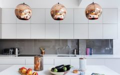 A Modern Kitchen Decor with Copper Lamps and Vintage Details copper lamps A Modern Kitchen Decor with Copper Lamps and Nordic Details A Modern Kitchen Decor with Copper Lamps and Vintage Details feat 240x150