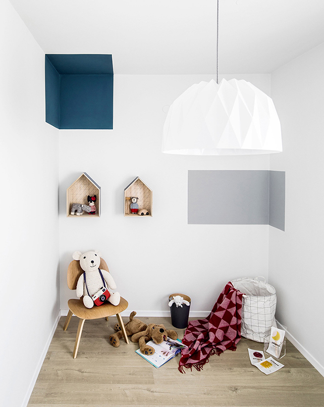 A contemporary interior design project with vivid colour accents interior design project A contemporary interior design project with vivid color accents A cool and contemporary interior design project with unexpected colourful accents 5