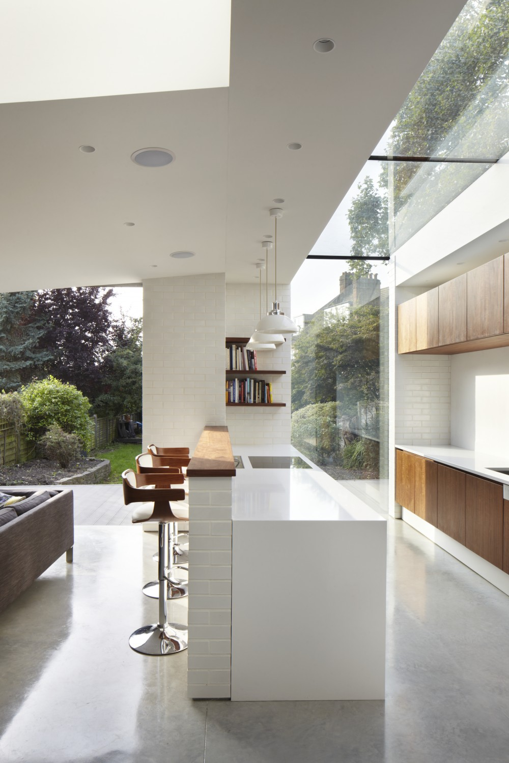 contemporary lighting fixture Don't Be Afraid of The Dark: The Contemporary Lighting Fixture Guide Dont Be Afraid of The Dark The Contemporary Lighting Fixture Guide 2