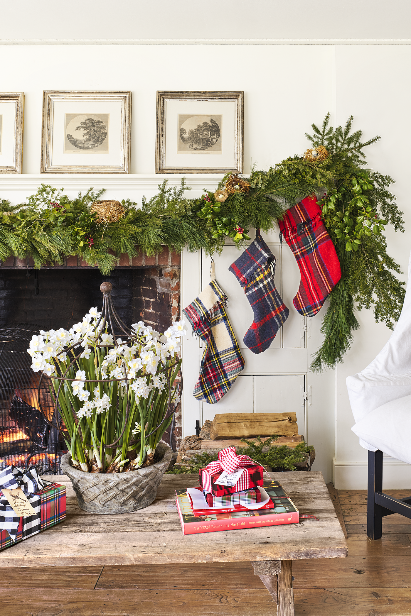 Brighten Up Your Christmas Decoration Ideas! 3