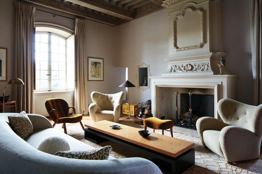 modern french designers modern french designers Part 2 Of The Best Modern French Designers! Chateau de Fabregue living room 1024x682